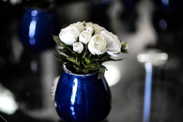 vase-1373443_640